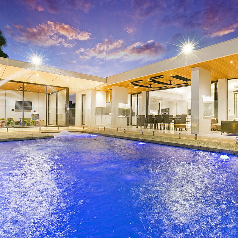 House-side pool
